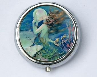Mermaid holding a Pearl pillbox PILL case box holder art nouveau deco victorian DIY