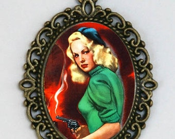 Pinup necklace With A Gun pin up retro rockabilly punk  DIY