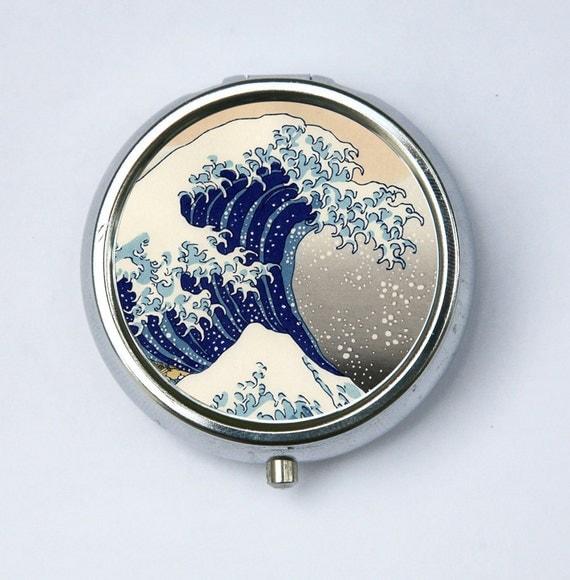 Great Wave off Kanagawa japanese tattoo woodblock PILL CASE PILLBOX holder