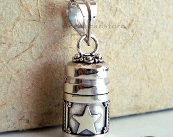 Small Moon and Star Locket Pendant 925 Sterling Silver P62