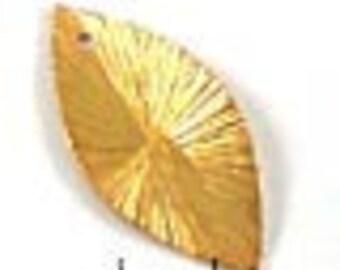 4 pcs Gold Leaf Charms  VERMEIL Brushed Leaf Dangle F98V
