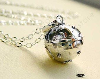 16mm Moon and Star Jingle Necklace Harmony Ball 24 inches Chain 925 Sterling Silver P51-24