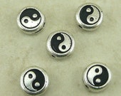 5 TierraCast Yin Yang Beads > Chinese Symbol Duality Complement Opposites - Silver Plated LEAD FREE Pewter - I ship internationally 5551
