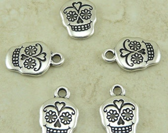 5 TierraCast Sugar Skull Day of the Dead Charms > Muertos Halloween Celebrate - Silver plated Lead Free Pewter - I ship Internationally 2320