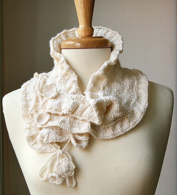 Victoriana Scarflette - Luxurious Knit Wool and Bamboo Collar