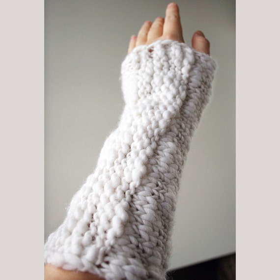 Winter Fashion - Snow White Knit Arm Warmers - Gauntlets - Thick and Thin
