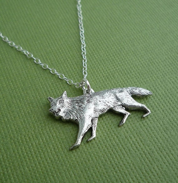silver sly coyote necklace