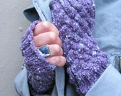 Winters Violet Cabled Fingerless Mitts