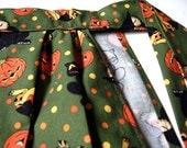 Green Simply Spooky Apron