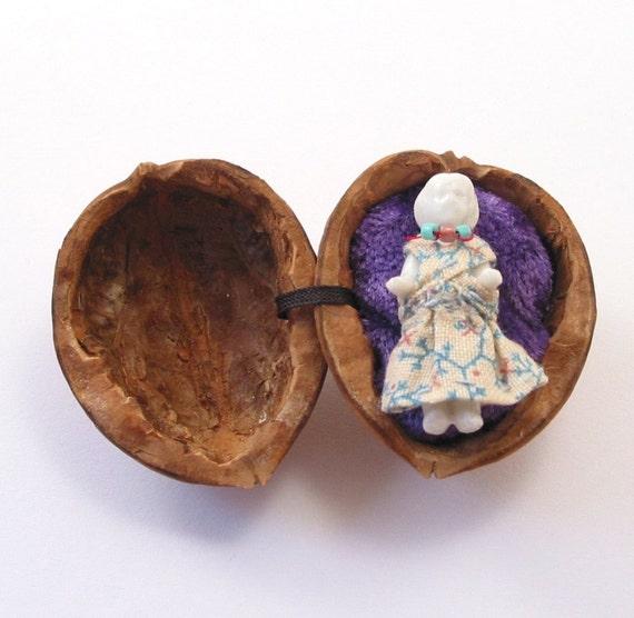 Thumbelina in a walnut shell