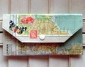 Map Wallet, atlas paper and vinyl