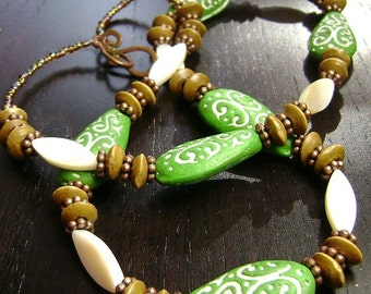 CLEARANCE !!! Mehndi Necklace in Green and Camel