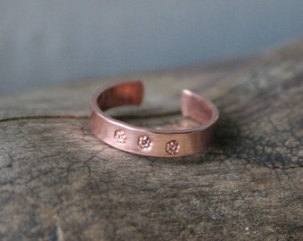 Copper Toe Ring- Daisy Stamped- 3mm