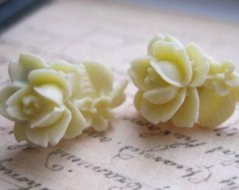 Tiny Flower Stud Earrings - Cream Rose post earrings