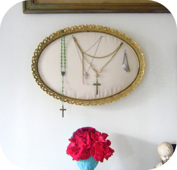 Jewelry display holder repurposed vanity tray for Repurposed jewelry holder