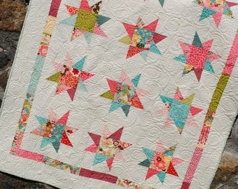 Quilt Pattern.... Lap Quilt size, Quick and Easy, Layer Cakes or Fat Quarters, Bella Notte