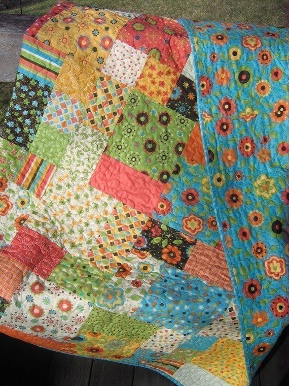 Flowers in the Garden Quilt Pattern.....Easy and Quick...two sizes ...PDF available