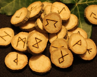 25 English Oak Wood Elder Futhark Runes For divination - Pagan, Wicca, Witchcraft, Norse