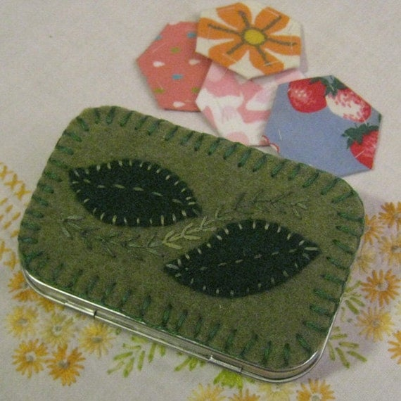 Embroidered Travel Sewing Kit and Needlebook - Green Leaves Woodland