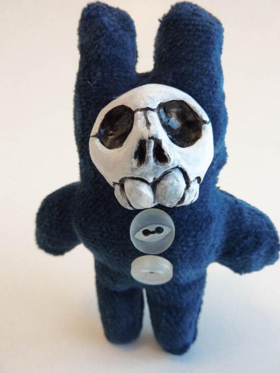 Little Skull Brooch