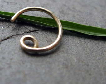 20g catchless nose ring-- solid 14k gold, gold fill or niobium-- primitive series-- handmade by thebeadedily