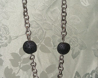 Black rounds necklace 1.00 to Breast Cancer