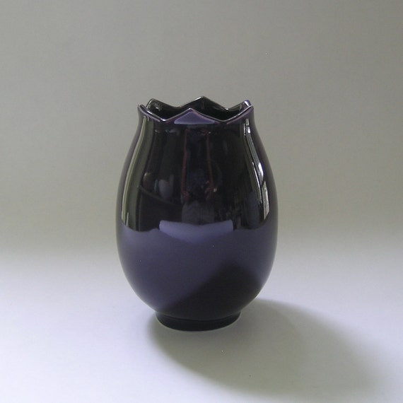 Ceramic Tulip Vase in Purple
