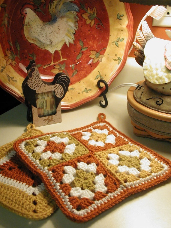 DOWNLOADABLE PDF PATTERN - Buckster's Groovy Granny Square Pot Holders