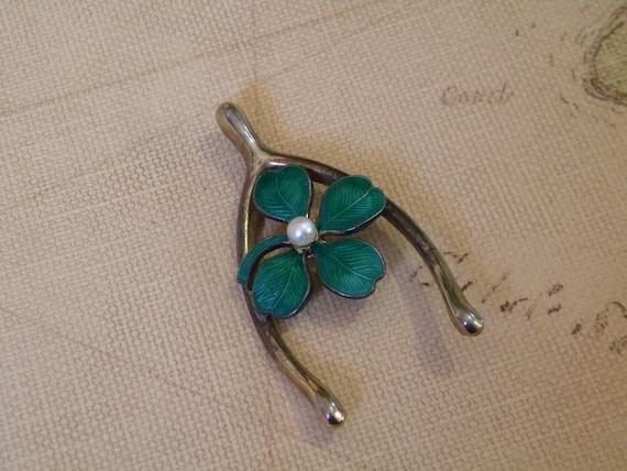 Lucky Four Leaf Clover Pin