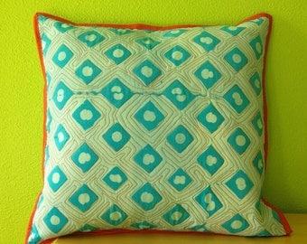 Diamond Dots Pillow Cover