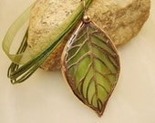 Stained Glass Leaf Pendant (SGL-P5)