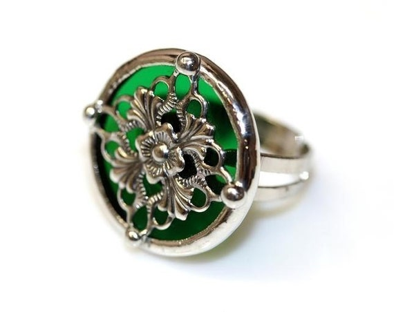 Round Stained Glass and Filigree Ring (SGR)