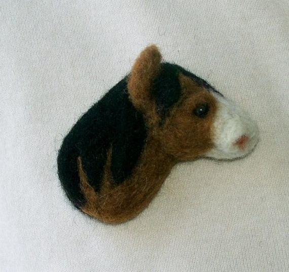 Needle felted horse head pin