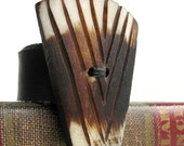 EcoRing - Size 7 - Coconut Fan Vintage Button on Reclaimed Leather Band - FREE SHIPPING