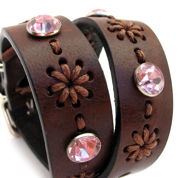 EcoLeather Dog Collar - Size S/M - to fit a 11/15in Neck - Chocolate Brown Stitched Flowers with Pink Sparkles