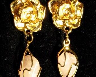 Rose Quartz Vintage Flower Dangle Earrings Estate Natural Stone Pink Marilyn Mad Men Mid Century Modernist High Relief Pretty Clip Unique