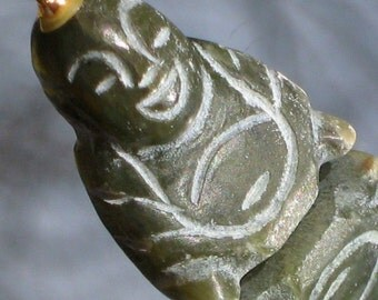 Buddha Jade Vintage Carved Necklace Pendant Chunky Spiritual Meditation Choker Charm Green Groovy Boho Hippie Smiling Jolly Lucky