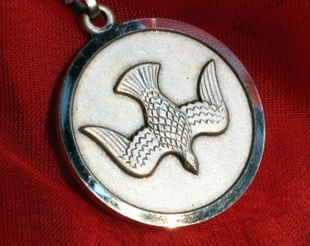 Peace Dove Vintage Italy Signed Necklace Pendant 70s Unique Medal Charm Unisex Spiritual Catholic Christian Love Joy Detailed Jesus