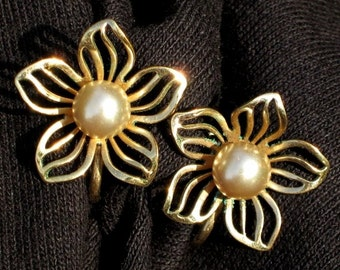 Estate Gold Filled Vintage Genuine PearLs Earrings Designer Van Dell Early Century Flowers Wedding Signed 1940's12KT GF Screw Back Clip