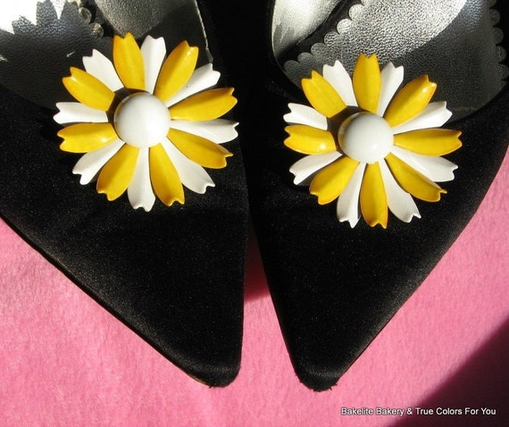 Flowers Yellow White Mid Century Power Shoe Clips Mad Men High Relief Jewels for Shoes Sandals Enamel Unique