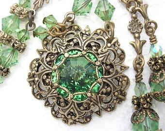 Peridot Victorienne - Swarovski Rivoli Necklace Set in Layered Brass