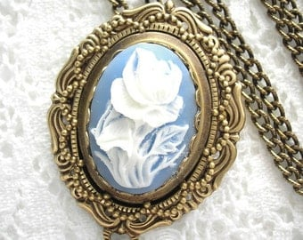 Blue and White Floral Cameo Brooch with Pendant Adapter and Chain