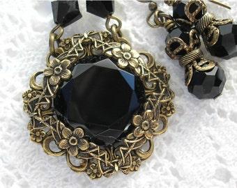 Black Velvet - Victorian Style Glass and Brass Necklace Set