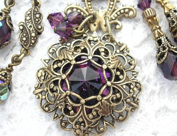 Amethyst Victorienne - Swarovski Rivoli Necklace and Earring Set - Victorian Style Jewelry