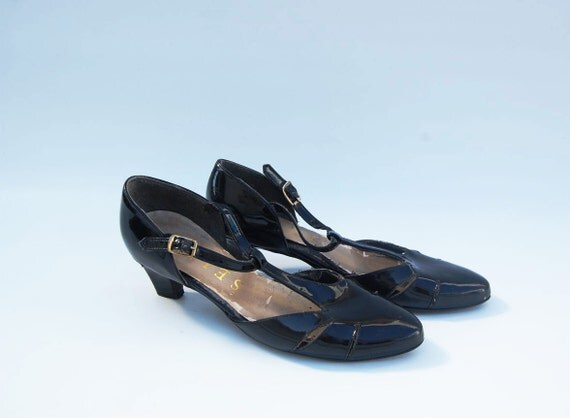 patent leather black t-strap heel shoes 6.5