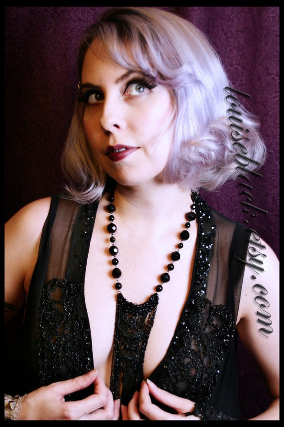 The Evil Queen's Jet Glass Neck Lariat  Louise Black