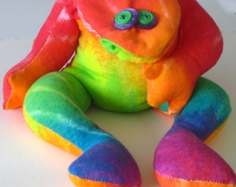 Pet Frog Bean Bag Knit Tie Dye Hand Made Whimsical Mr. Froggie goes to Hawaii