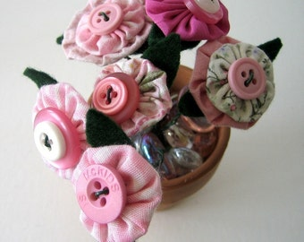 Mini Fabric Yoyo Button Flower Bouquet Table Favor Office, Hospital, Small Room Decor Fragrance Free Pinks