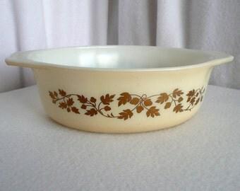 Pyrex Oval Cinderella Casserole Gold Acorn Pattern