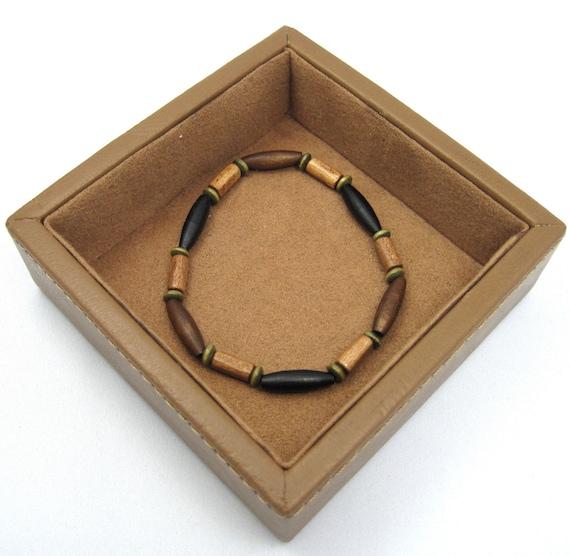 Woodsy - Mens Bracelet (black, brown, green wood)